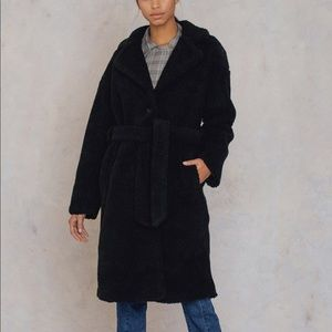 NA-KD TEDDY COAT BLK UK10